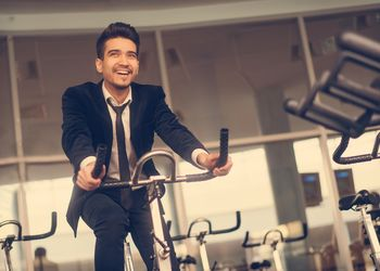 5 easy ways to work fitness into your everyday routine