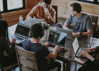 Coworking vs. Traditional Office - Which Works For You?